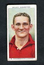 Wills: 1939 Association Footballers: No.37 B. Nieuwenhuys (Liverpool)