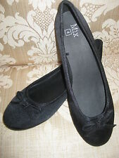 BOW FLAT WOMEN SHOES BLACK SIZE 7