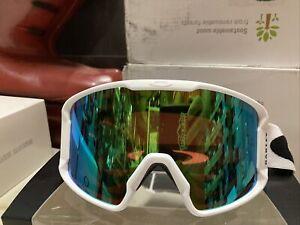 ! Oakley Line Miner XM Snow Ski Snowboarding Goggles White/Prizm Jade GBL