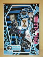 Monster High Frankie Stein 2009 First Wave BNIB. TIME CAPSULE CONDITION, MINT.