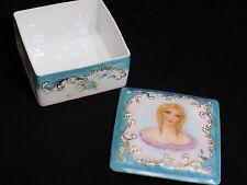 Gorgeous Large GIRAUD LIMOGES Unique Hand Painted Porcelain Dresser Box France