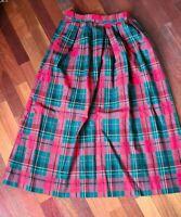 Red Plaid Pendleton Skirt Size 8 tartan fall vintage EUC red green holiday prep