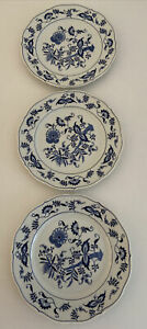 3 Vintage Blue Danube Dinner Plates w Small Chips Made In Japan Hamptons Coastal