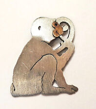 Seated Sitting SPIDER MONKEY Profile Brooch Pin Brushed Silver Tone Brass Face