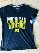 NEW Women's MICHIGAN WOLVERINES Fan G-III 4HER V-Neck Small COLLEGE T-Shirt