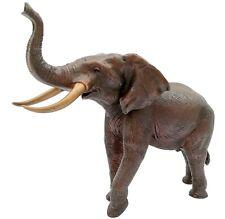 A mighty bronze elephant statue - Bronze boho decor