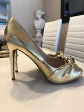 NEW BEBE Bryiana Gold Pumps SIZE 8.5 shoes!!MSRP $129+😍