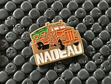 PINS PIN BADGE CAR CAMION TRUCK NADEAU