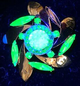 Vintage Uranium Unsigned Donald Simpson Brooch Green Gold 1960s Glass Rhinestone
