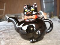 """Vintage Antique Royal Japan Red Clay Glazed & hand painted 5"""" Cat Teapot"""