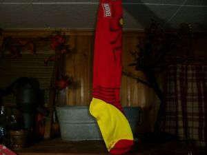 MARVEL MENS SUPERHERO KNEE HIGH SOCKS SIZE 9-11 RED NOVELTY FOOTWEAR CASUAL NEW