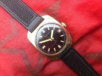 Vintage Watch Vostok Wostok 2214 Russian Soviet Classic Wristwatch USSR