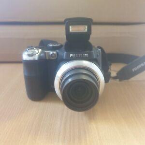 Fujifilm Finepix S8000fd 8.0MP Digital Camera - Black (Y11)