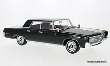 Imperial Crown 4-Door 1965  schwarz 1:18 BOS