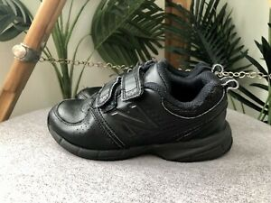 NEW BALANCE 625 School Shoes Boys Size 13 US Black LEATHER Sneakers FAIR COND