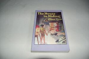 The House in Hiding by Elinor Lyon P/B 2006 VGC