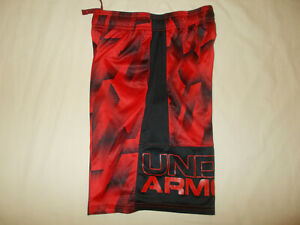 UNDER ARMOUR BLACK & RED ATHLETIC SHORTS BOYS MEDIUM EXCELLENT CONDITION