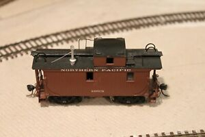 NP Northern Pacific United/PFM Brass Center Cupola Caboose #1653 Custom Painted