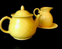Vintage Collectors Mccoy Pottery Coffee or Tea Pot set with Lid Yellow Mccoy