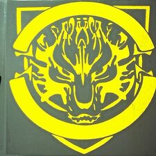 Ferocious Wolf Car Fuel Gas Tank Cap Stickers Adhesive Graphic Decal (Yellow)