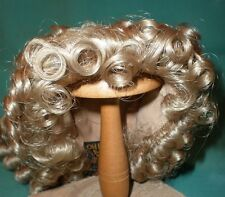 "doll wig blond 13"" to 14"" long hair curled/Global Dolls"