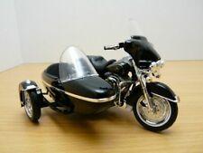 Side Car HARLEY DAVIDSON 1997 FLHT Electra Glide noir 1/18