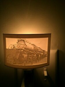 Custom 3D Printed Lithophane Nightlight Great Gifts!  Choose any photo