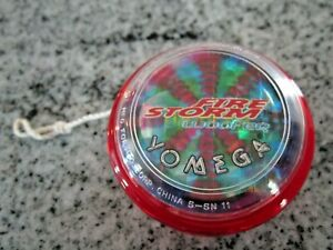 Red Yomega 2000 Fire Storm Woofeq YoYO with Original String