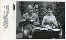 LYNN FONTANNE ALFRED LUNT HAVE TEA TIME HALLMARK HALL OF FAME 1961 NBC TV PHOTO