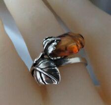 HENRYKA SILVER & AMBER ROSE RING. ADJUSTABLE.Price £30.  RRP£55.  xaed.