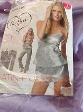 JOLINESSE Ladies 3 Piece Satin Pyjama Set -Top-  Shorts - Pants - S / Gray Print