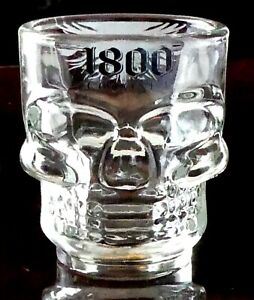 BRAND NEW GORGEOUS HAND MADE HEAD SKULL GLASS 1800 TEQUILA de AGAVE SHOT SHOOTER