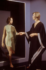 LOGAN'S RUN  JENNY AGUTTER MICHAEL YORK    8X10 PHOTO #E2275