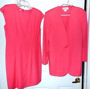 Petite Sophisticate Dress Suit Set-size 6, coral   Classy Career Wear!!