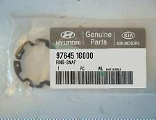 GENUINE BRAND NEW KIA RONDO 2007-2008 RING-SNAP