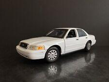 2006 Ford Crown Victoria White Unmarked Police Interceptor 1/18 HTF