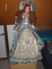 Unieke pop, 92cm hoog, mooie gekleed in mode uit 1880.