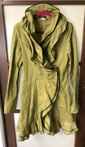Design Today's Chartreuse Green Blazer Jacket Wearable Art Size Medium EUC!