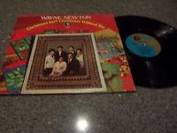 """Wayne Newton """"Christmas Isn't Christmas Without You"""" VERY NICE MGM SE-4593 LP"""