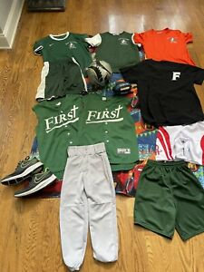 Lot NIKE Sports Uniforms Jersey Tops Shorts Youth S-L Soccer Futbol Basketball