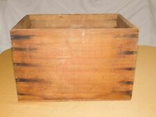 VINTAGE FOOD ADVERTISING  SWIFT'S PREMIUM ROASTBEEF WOOD BOX