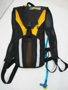 Camelbak Rogue Hydration Backpack with Bladder Yellow & Black EUC Clean!