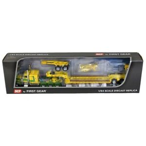1/64 Yellow Peterbilt 379 Tri-Axle Sleeper W/ Fontaine Renegade Lowboy 60-0611