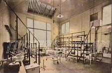 Postcard : Operating Theatre, Leeds Infirmary 1908