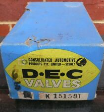 D.E.C K1515 ST 5 ENGINE VALVES NEW IN BOX - Do Not Know car Model - Need a clean