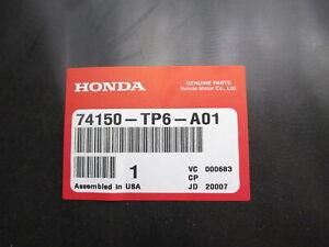 Genuine OEM Honda 74150-TP6-A01 Driver Front Fender Liner Shield 10-12 Crosstour
