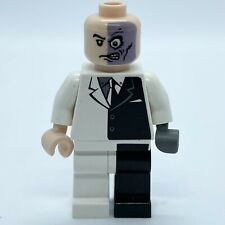 Lego Batman I - Two-Face - 'Black Stripe Hips' (bat004). Rare. See Desc