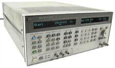 Hewlett Packard HP 8643A Synthesized Signal Generator 0.26 - 103GHz+Option 009