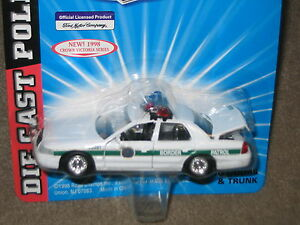 Road Champs Border Patrol Ford Crown Victoria