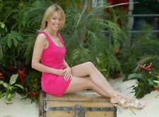 """KYLIE MINOGUE ~ SEXY IN PINK ~ THREE HOT 7x5"""" GLOSSY PHOTOS."""